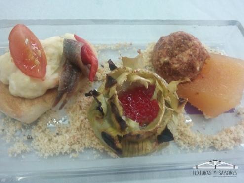 ensaladilla rusa alcachofas y bolitas de requeson