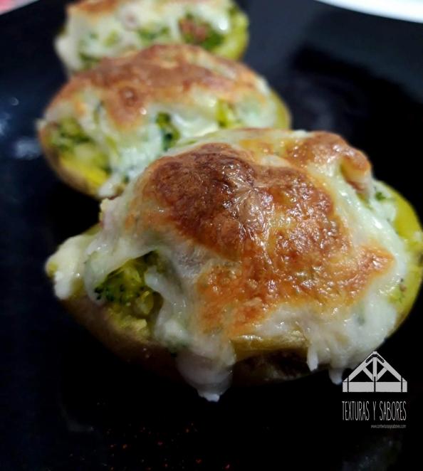 patata rellena de brocoli